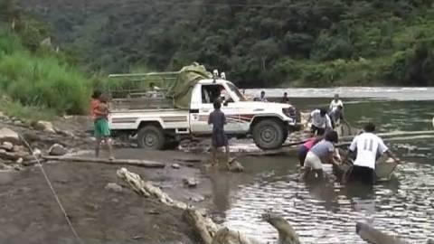Θες να περάσεις το ποτάμι αλλά δεν υπάρχει γέφυρα; (βίντεο)