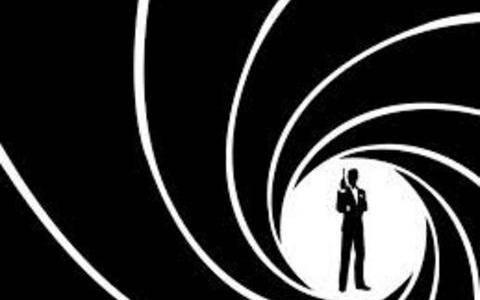 «Μανιώδης αλκοολικός» ο θρυλικός πράκτορας 007