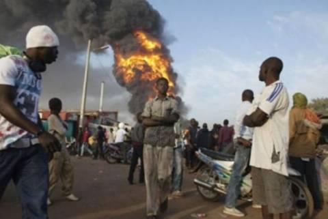 Μαλί: Δύο νεκροί από επίθεση σε παγιδευμένο αυτοκίνητο