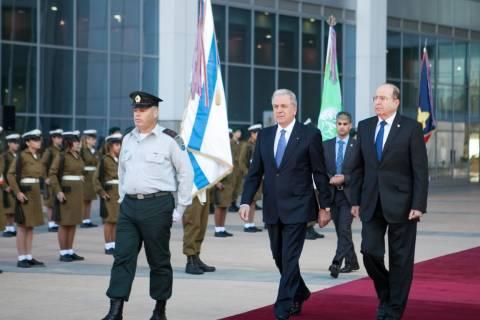 Ολοκληρώθηκε η επίσκεψη Αβραμόπουλου στο Ισραήλ