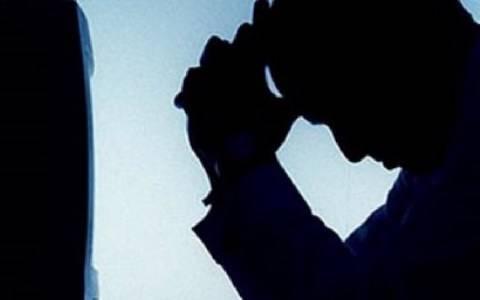 Κέρκυρα: Έπαθε ΣΟΚ όταν κοίταξε στο μονόζυγο της παιδικής χαράς