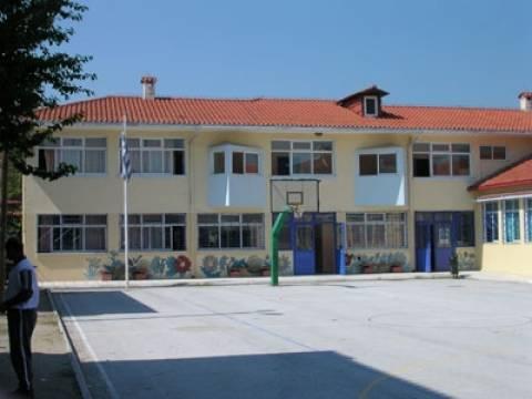 Θεσσαλονίκη:Κατά της συγχώνευσης σχολείων το δημοτικό συμβούλιο