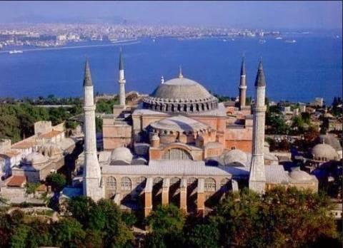Αρχιεπισκοπή Αμερικής: «Να μην μετατραπεί η Αγία Σοφία σε τέμενος»