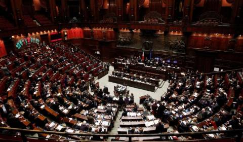 Ιταλία:Νέα «ψήφος εμπιστοσύνης» στον Λέτα η έγκριση του προϋπολογισμού