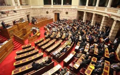 Αποκλίνουσες θέσεις κυβέρνησης-αντιπολίτευσης για τους πλειστηριασμούς