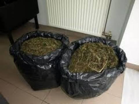 Ηγουμενίτσα: Φορτίο με 88 κιλά χασίς μπλόκαραν οι Λιμενικοί