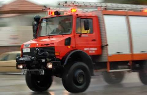 Φωτιά σε σπίτι ηλικιωμένων από σόμπα - Τραυματίστηκαν σοβαρά