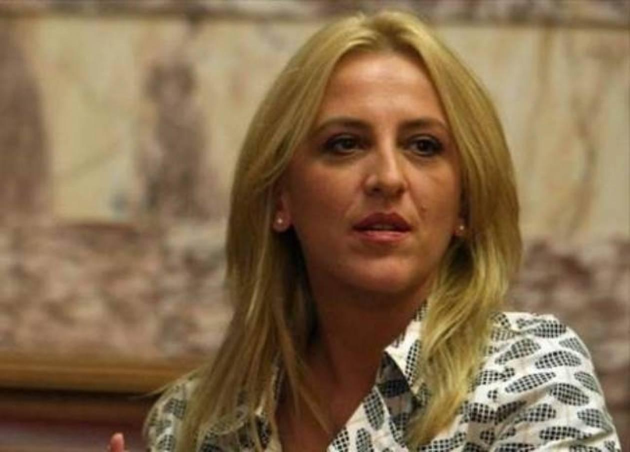 Δούρου: Προπαγάνδα για να πληγεί ο ΣΥΡΙΖΑ