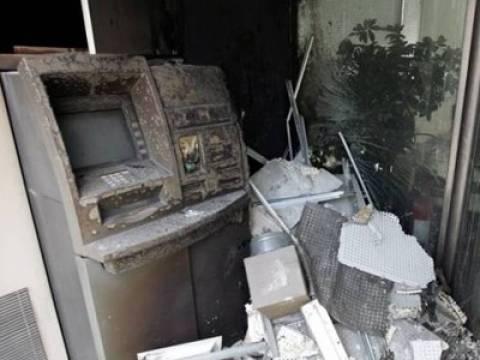 Εμπρησμοί σε τέσσερα ATM κατά τη διάρκεια της νύχτας