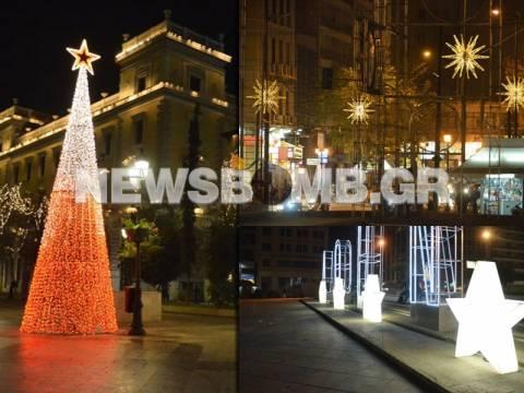 Η Αθήνα «έβαλε» τα γιορτινά της! (pics+vid)