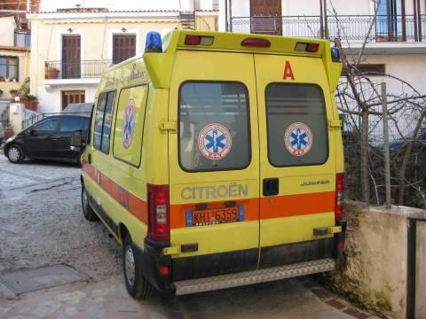 Χίος: «Έσβησε» στην άσφαλτο, περιμένοντας το ασθενοφόρο