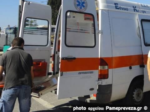Τραγωδία στην Άρτα: Φορτηγό έκανε όπισθεν και σκότωσε πεζή