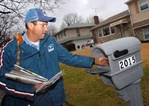 Ο καιρός εμπόδισε τα ταχυδρομεία των ΗΠΑ να μοιράσουν κάρτες- δώρα