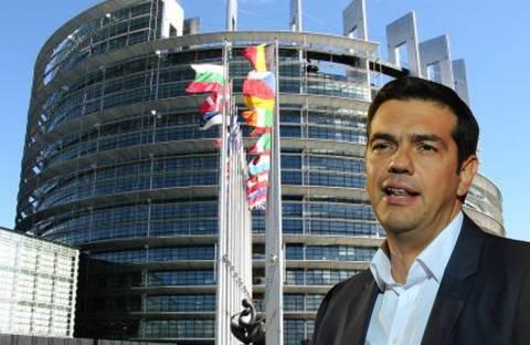 Ο Τσίπρας κλείνει το μάτι στην ΕΕ