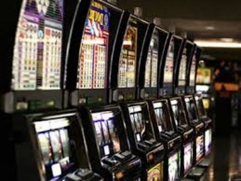 Τρίπολη: Συλλήψεις για τυχερά παιχνίδια σε Ξυλόκαστρο και Μελιγαλά
