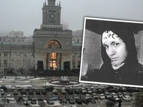 Ρωσία: Στη δημοσιότητα η φωτογραφία της «μαύρης χήρας»