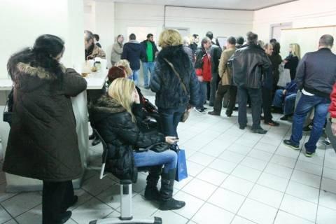 Θεσσαλονίκη: Ατελείωτες ουρές στις εφορίες