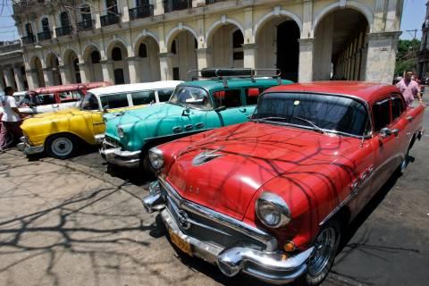 «Έξαλλοι» οι Κουβανοί με τις τιμές των νέων αυτοκινήτων