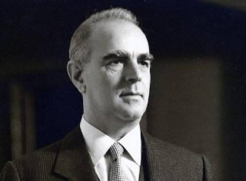 Σαν σήμερα το 1956, o Κ. Καραμανλής ιδρύει την ΕΡΕ