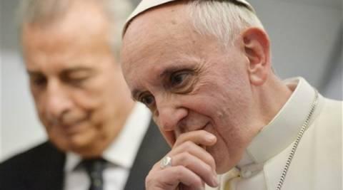 «Είμαι ο Πάπας Φραγκίσκος. Γιατί δεν σηκώνετε το τηλέφωνο;»