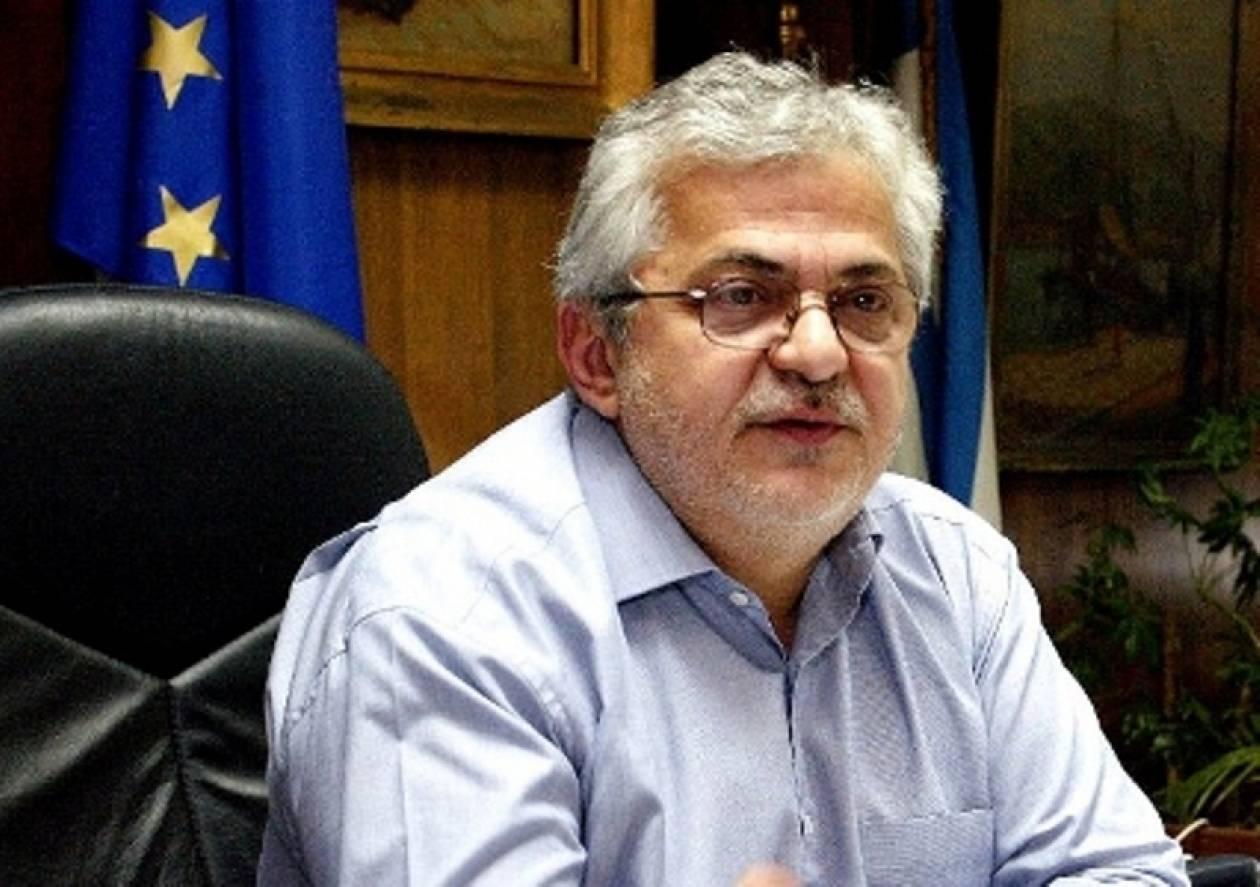 Ρ. Σπυρόπουλος: Το μνημόνιο προβλέπει μείωση επικουρικών