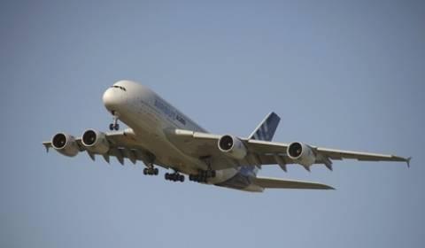 Airbus A-380 της «Singapore Airlines» έκανε αναγκαστική προσγείωση
