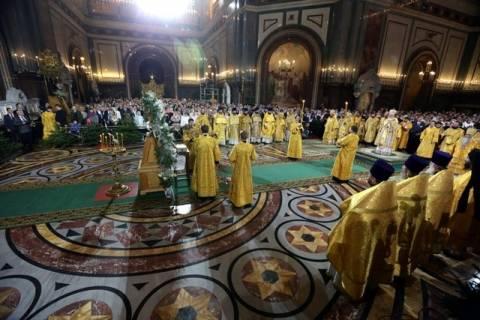 Ορθόδοξοι Χριστιανοί σε όλο τον κόσμο γιορτάζουν τα Χριστούγεννα
