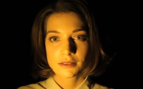 Το πρόσωπό μας αλλάζει, ανάλογα με τον φωτισμό! (βίντεο)