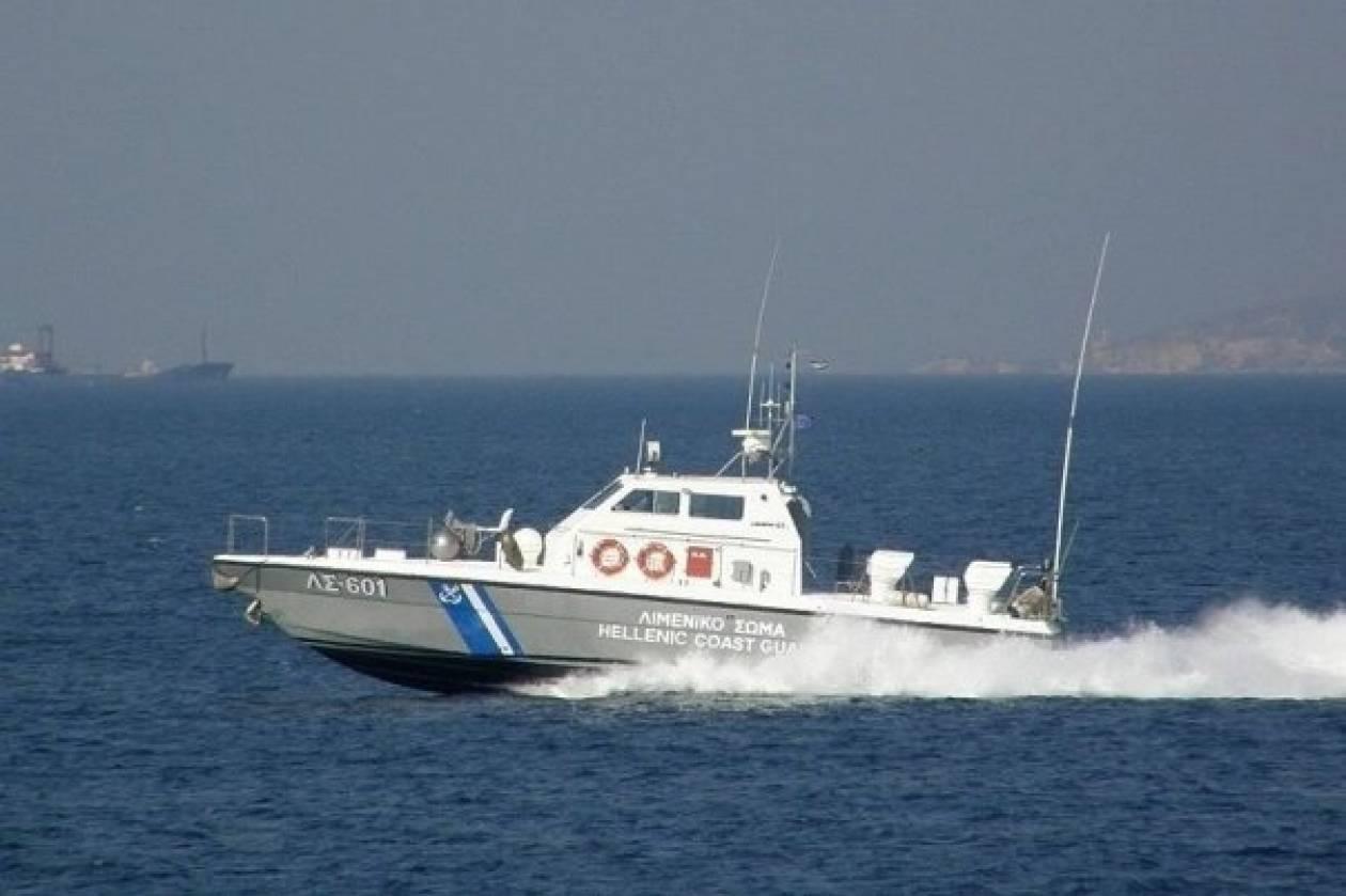 Προσάραξη αλιευτικού σκάφους σε βραχονησίδα κοντά στη Κέρκυρα