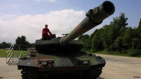 «Το σκάνδαλο των εξοπλισμών ταλανίζει την Αθήνα»