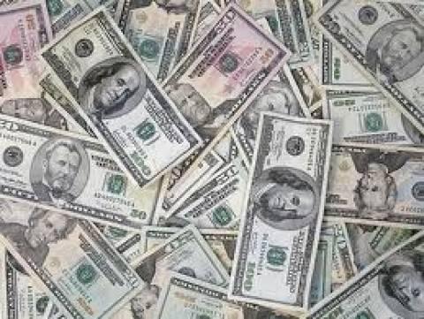Κατερίνη: Kυκλοφορούσε με πλαστά δολάρια