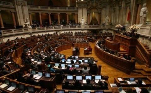 Πορτογαλία: Στο Συνταγμ. Δικαστήριο οι Σοσιαλιστές εναντίον 4 μέτρων