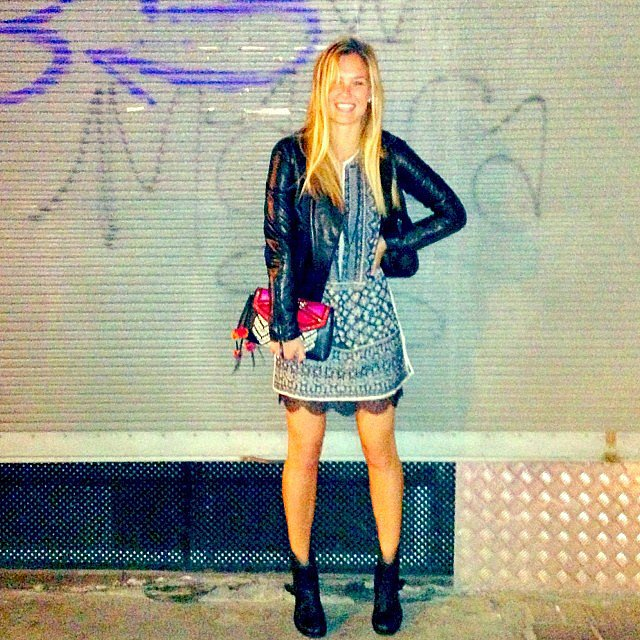 Bar-Refaeli-looked-suprerstylish-usual-night-out-friends