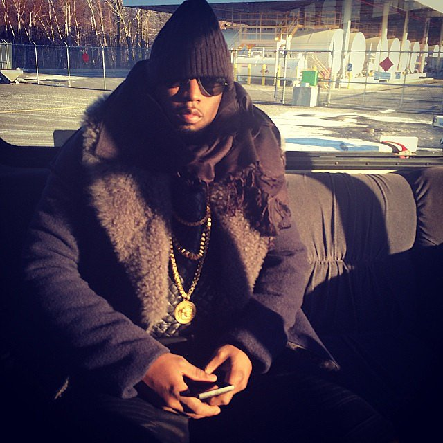 Diddy-looked-cool-while-staying-warm