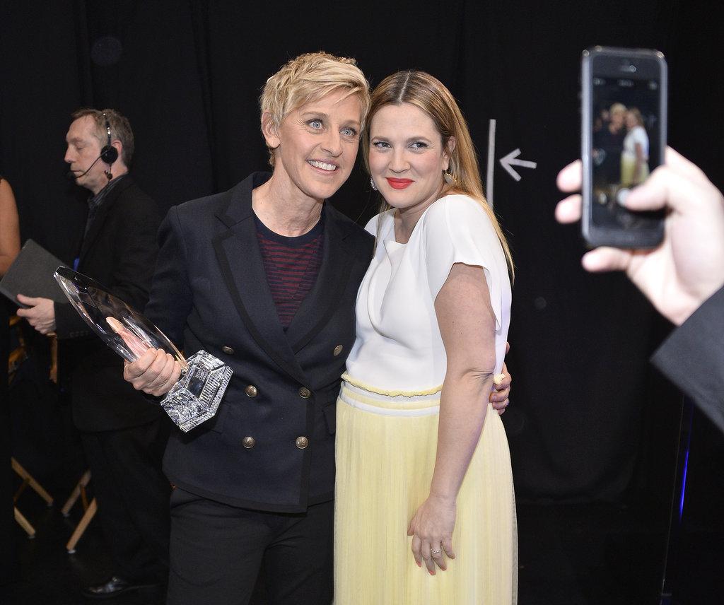 Ellen-DeGeneres-Drew-Barrymore-posed-picture-together