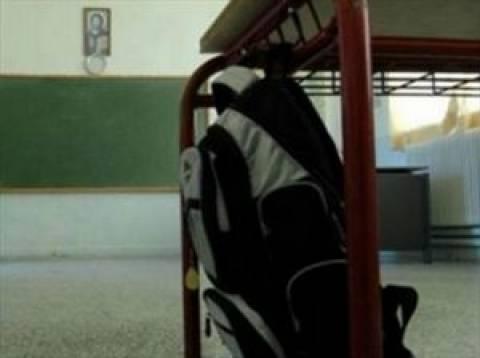«Λευκή εβδομάδα»: Αποφασίζουν σήμερα αν θα κλείσουν τα σχολεία