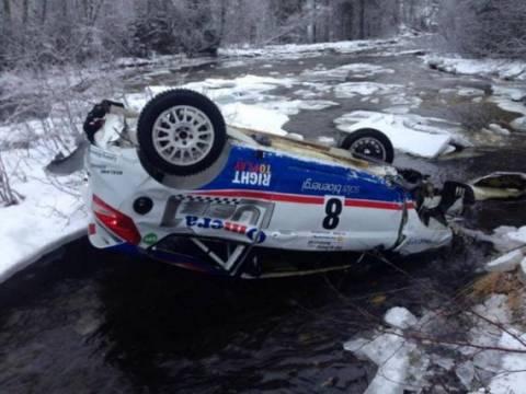 «Τρελή» πτώση στο νορβηγικό ράλι (video)