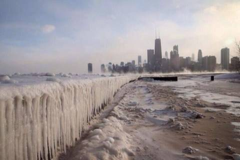 Video: εντυπωσιακό θέαμα και ήχος από το λιώσιμο των πάγων σε λίμνη