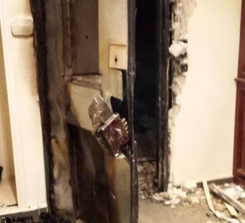 Εικόνες από τις υλικές ζημιές στο γραφείο του Γ. Μιχελάκη (pic+vid)