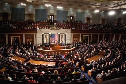 ΗΠΑ: Εγκρίθηκε το νομοσχέδιο που δίνει λύση στο δημοσιονομικό αδιέξοδο