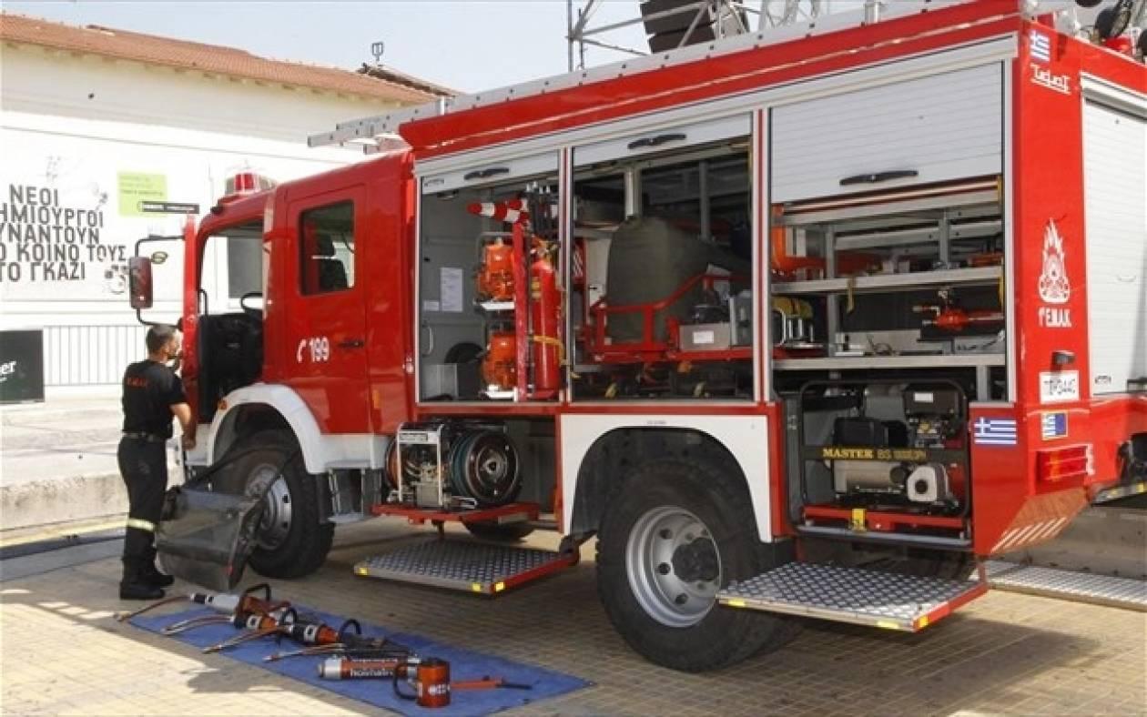 Έκλεψαν εκατοντάδες μπαταρίες πυροσβεστικών οχημάτων