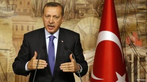 DW: Ο Ερντογάν ανεβάζει τους τόνους απέναντι στην ΕΕ