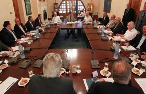 Σε εξέλιξη η συνεδρίαση Εθνικού Συμβούλιου στη Κύπρο
