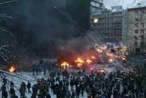 Ουκρανία: Έτοιμη η αντιπολίτευση να αναλάβει τα ηνία της χώρας
