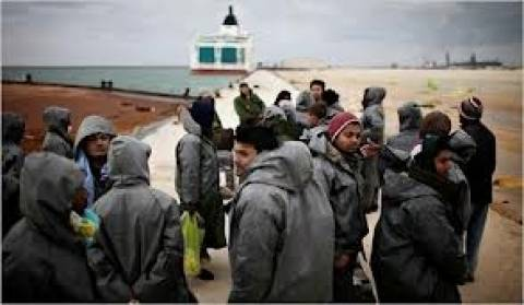 Τουλάχιστον 21 νεκροί σε ναυάγιο τουριστικού σκάφους στην Ινδία