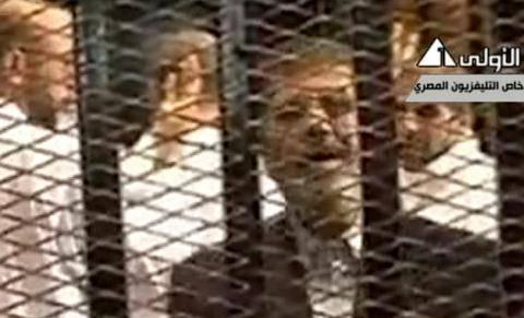 Ενώπιον του δικαστηρίου ο Μόρσι