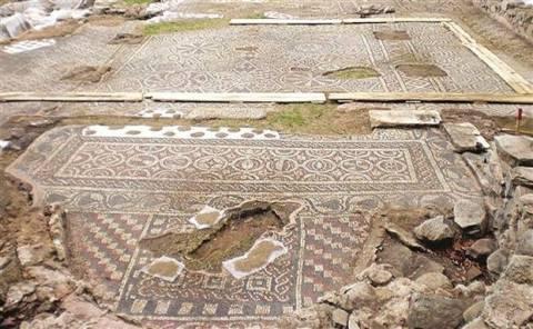 Βρέθηκε εκκλησία 1.500 χρόνων στη Προύσσα (βίντεο)