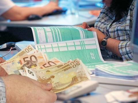 Αυξήσεις - σοκ έως και 700% στη φορολογία των Ελλήνων από το 2010