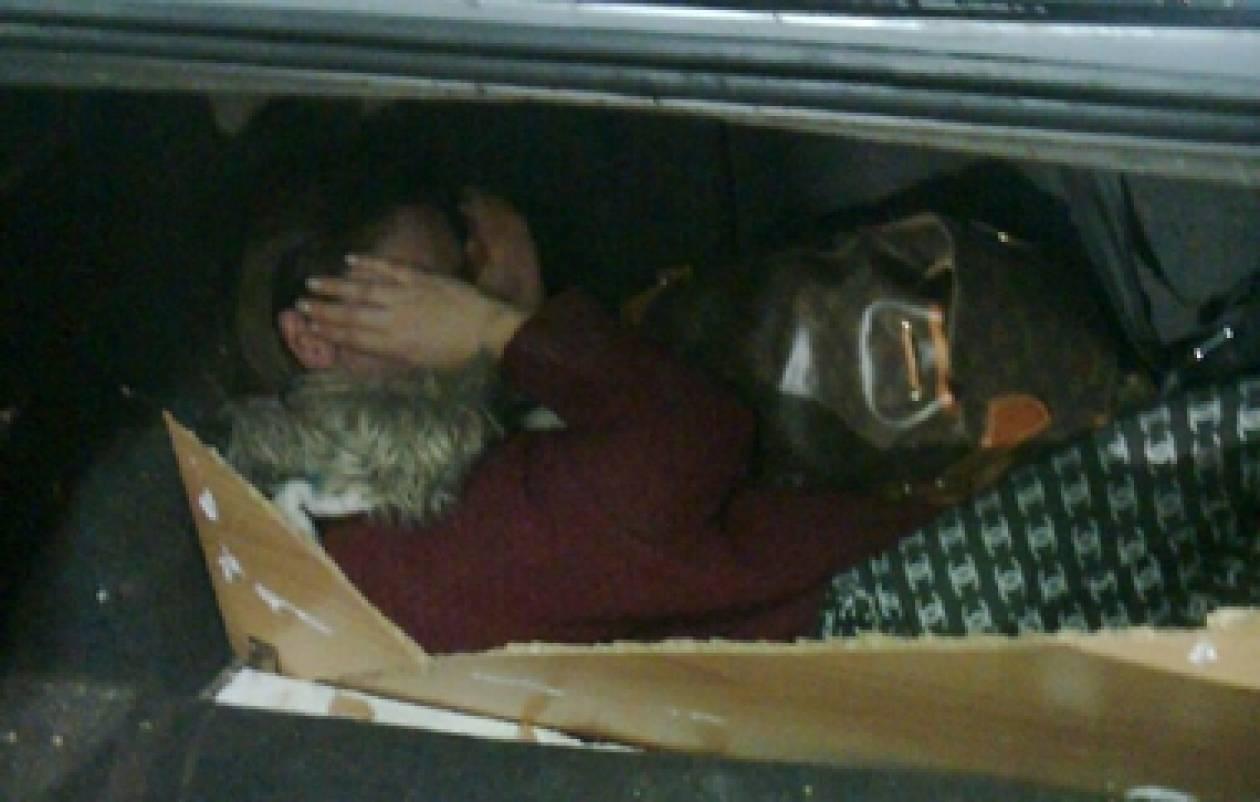 Έβρος: Μετέφερε αλλοδαπή μέσα σε κρύπτη στο αυτοκίνητό του