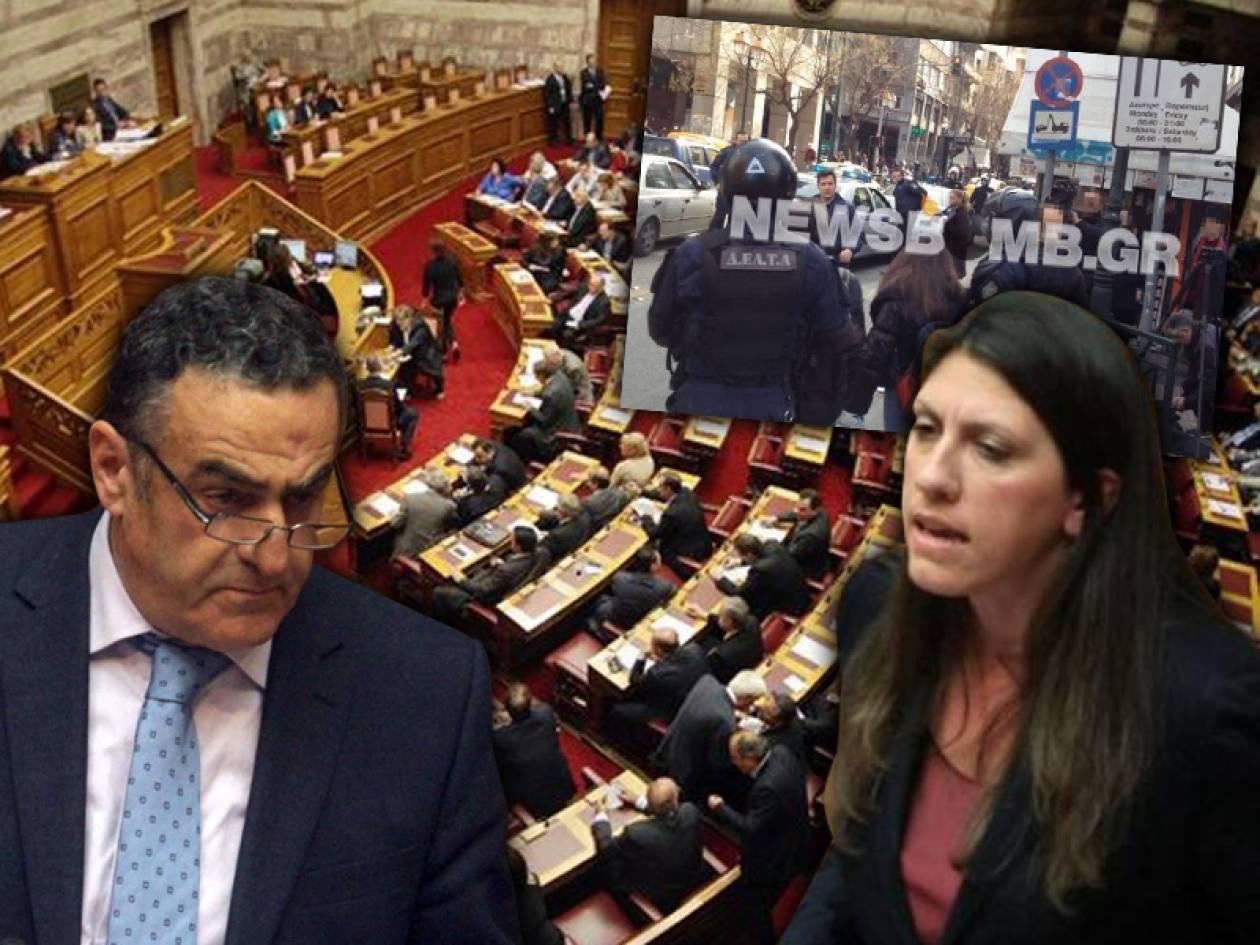 Στο «κόκκινο» η κόντρα κυβέρνησης–ΣΥΡΙΖΑ για τις 47 συλλήψεις